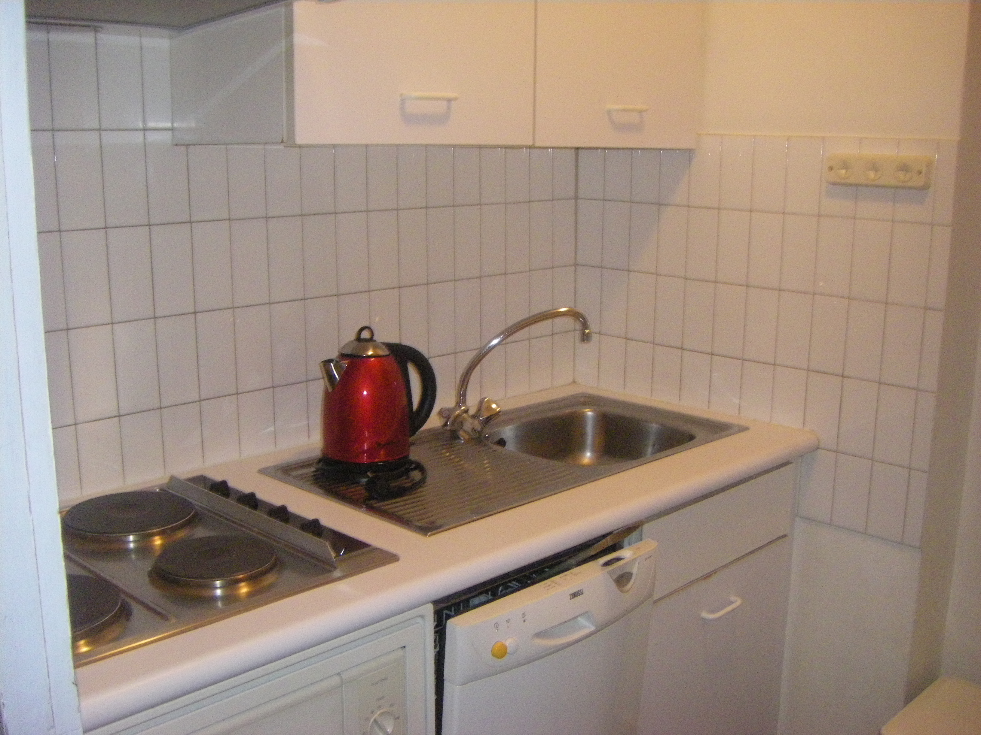 N 4 3 Rooms Appartment For 5 7 People With 2 Bedrooms Simple Beds 1 Living Room Big Kitchen Dining Bathroom